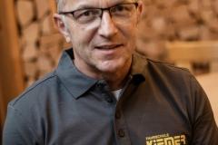 Martin Kiemer: Stellvertretender Geschäftsführer, Ausbildung in den Klassen B/BE und A